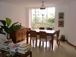 Apartment for sale Close to Parque Lleras