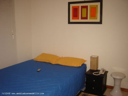 one bedroom apartment in san diego medellin photo 4