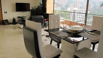 Luxury 3 Bed Apartment in El Poblado photo 2